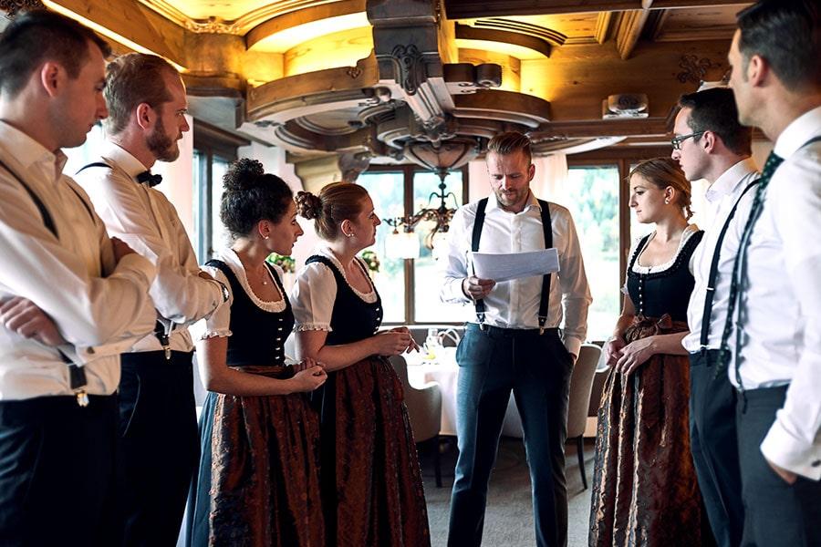 Teambesprechung der Mitarbeiter der Schwarzwaldstube