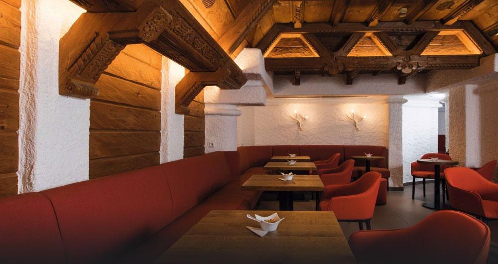 Die Hotelbar der Traube Tonbach